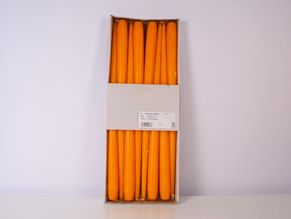 Narančasta