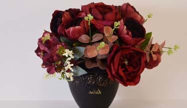 Aranžman od umjetnog cvijeća za groblja 01