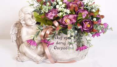 Aranžman od umjetnog cvijeća za groblja 07