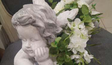 Aranžman od umjetnog cvijeća za groblja 08