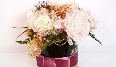 Aranžman od umjetnog cvijeća za uređenje interijera 05