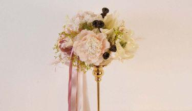 Aranžman od umjetnog cvijeća za uređenje interijera 06
