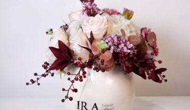 Aranžman od umjetnog cvijeća za uređenje interijera 07
