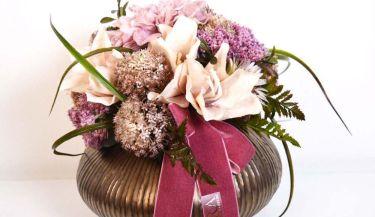 Aranžman od umjetnog cvijeća za uređenje interijera 08