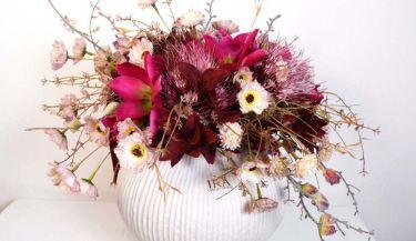 Aranžman od umjetnog cvijeća za uređenje interijera 11