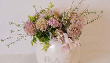 Aranžman od umjetnog cvijeća za uređenje interijera 12