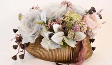 Aranžman od umjetnog cvijeća za uređenje interijera 18