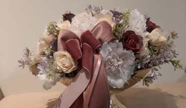 Aranžman od umjetnog cvijeća za uređenje interijera 19