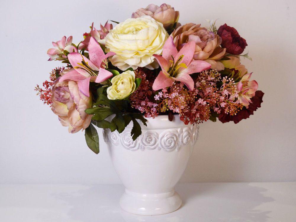 Aranžman - umjetno cvijeće za groblje 364 kn