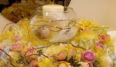 Uskrsni vijenac od umjetnog cvijeća 43