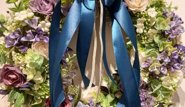 Uskrsni vijenac od umjetnog cvijeća 44